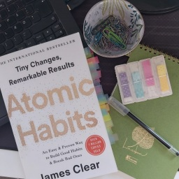 Book Review: Atomic Habits: An Easy & Proven Way to Build Good Habits & Break Bad Ones by James Clear