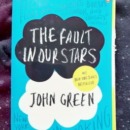 December 2020 Reading Challenge: The Fault in our Stars by John Green